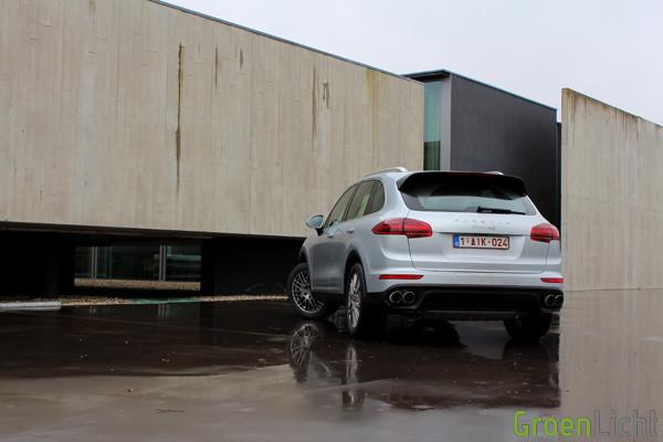 Rijtest - Porsche Cayenne S 03