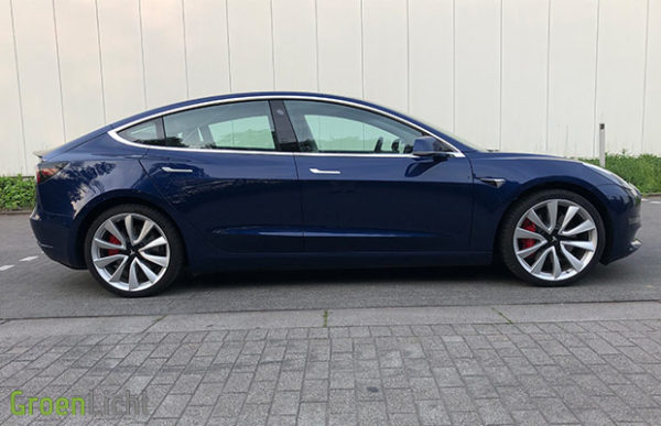 Rijtest: Tesla Model 3 Performance EV (2019)
