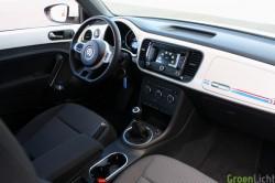 Rijtest Volkswagen Beetle 2012