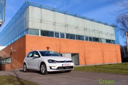 Rijtest - Volkswagen E-Golf 02