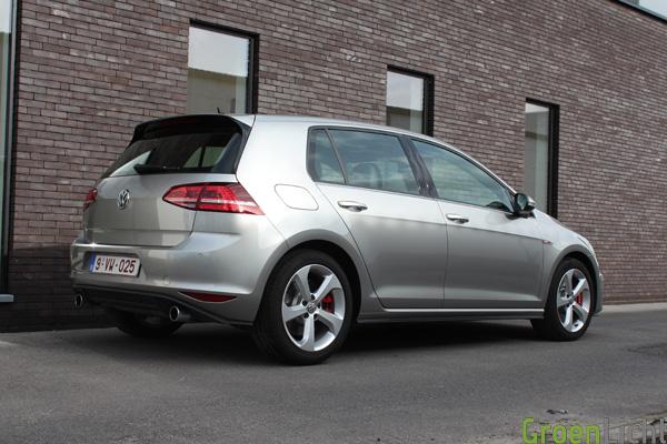 Rijtest - Volkswagen Golf GTI Performance (Mk7) 14