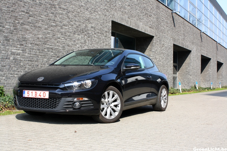 rijtest video volkswagen scirocco 1 4 tsi 160 pk. Black Bedroom Furniture Sets. Home Design Ideas