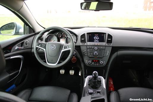 Rijtest: Opel Insignia 2.0 Turbo 4x4 Interieur