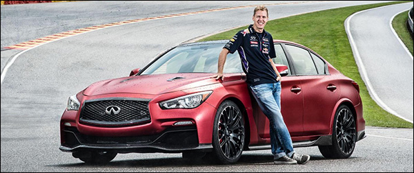 Video: Vettel scheurt in de Infiniti Q50 Eau Rouge rond Spa-Francorchamps
