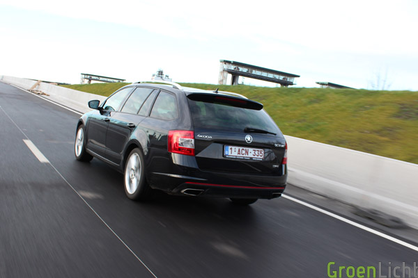 Skoda Octavia Combi RS TSI 2013 22