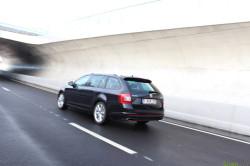 Skoda Octavia Combi RS TSI 2013 24