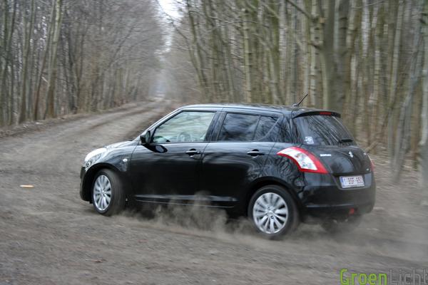 Suzuki Swift 4x4 test (13)