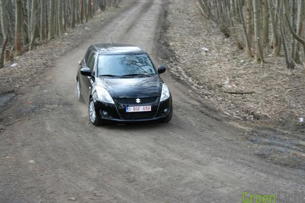 Suzuki Swift 4x4 test (8)