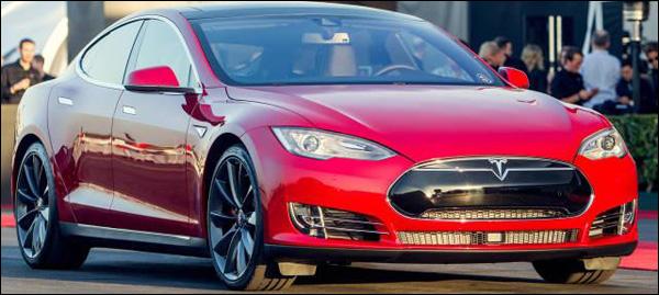 Tesla Model S vierwielaandrijving