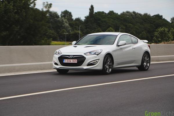 Test Hyundai Genesis Coupe V6