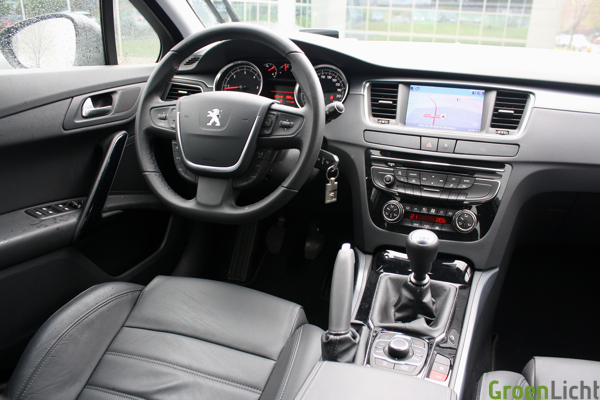 Rijtest peugeot 508 sw 2 0 hdi for Interieur 508 sw