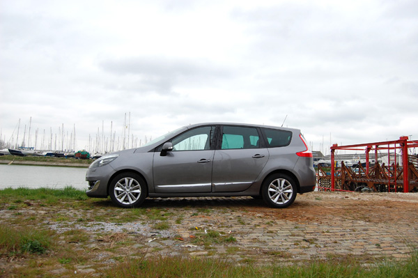 Renault Grand Scenic test energy 1.5 dci
