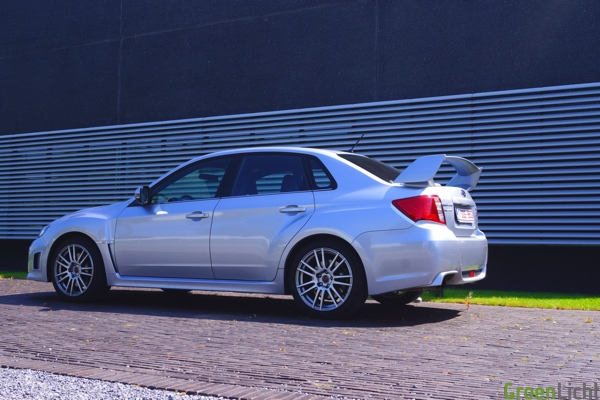 Test Subaru Impreza WRX STI 06