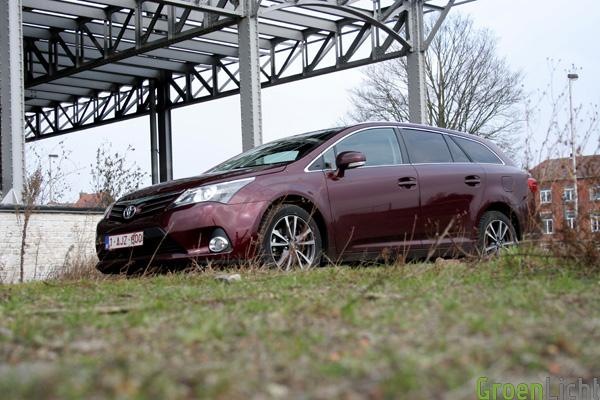 Toyota Avensis 2.0 D Wagon test