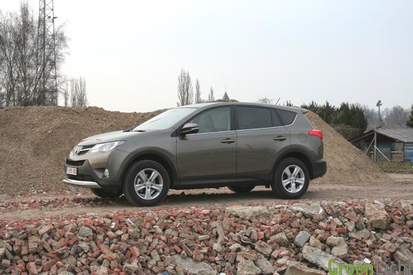 Toyota RAV4 2013 Test