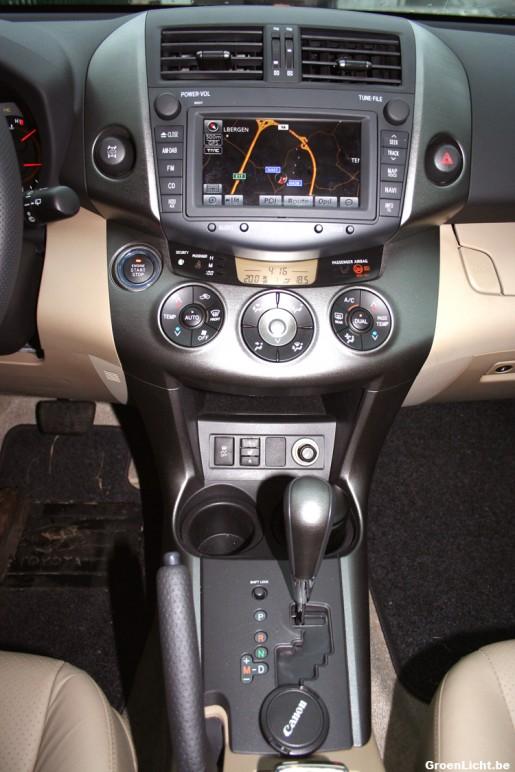 Toyota RAV4 Rijtest interieur