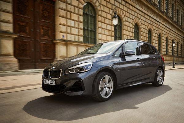 Ook de BMW 225xe Active Tourer krijgt grotere batterij (2019)