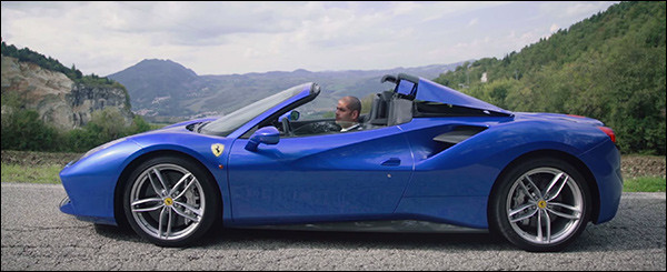 Video: Chris Harris test de Ferrari 488 Spider