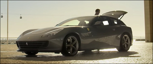 Video: Ferrari GTC4Lusso in actie