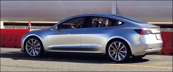 Video: Tesla Model 3 maakt zich klaar voor productie