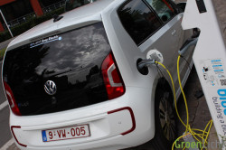 Volkswagen E-Up Rijtest 24