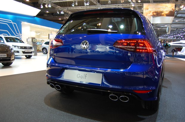 Volkswagen Golf R 2014 (3)