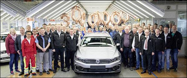 Volkswagen bouwt 30 miljoenste Passat (2019)