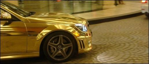 Chrome Gouden Mercedes C63 AMG