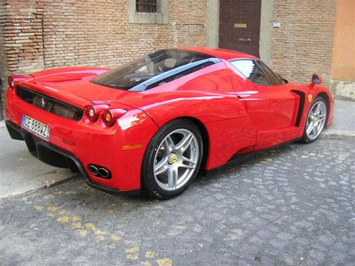 Ferrari Enzo Gespot