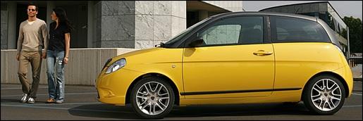 Lancia Ypsilon Sport Momo Design