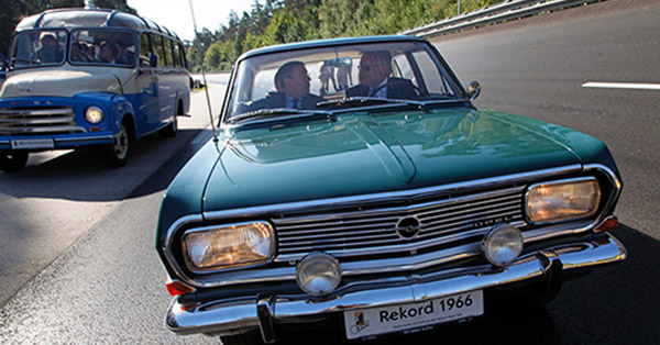 opel record investering
