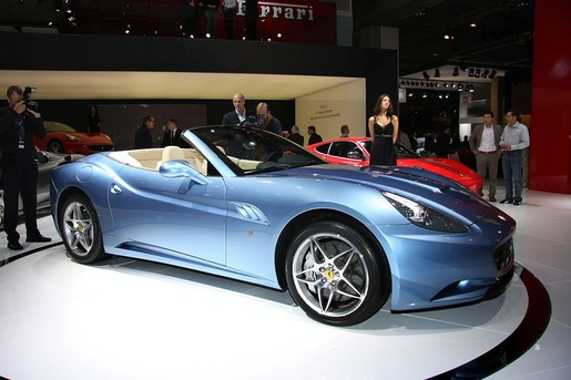 Parijs: Ferrari California