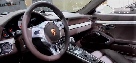 Video het interieur van de nieuwe porsche 911 for Interieur 911