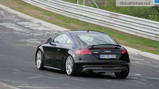 Spyshots: Audi TT RS