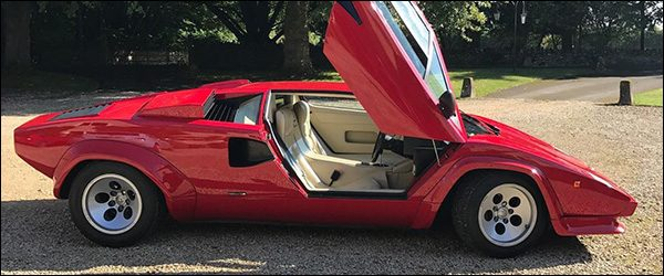 Video: Harry Metcalfe test de Lamborghini Countach