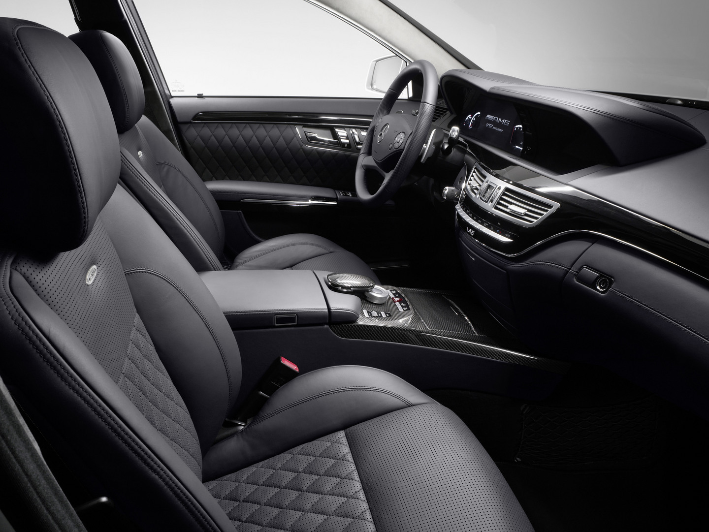Interieur auto  Mercedes S-klasse AMG Interieur Auto Wallpapers GroenLicht.be